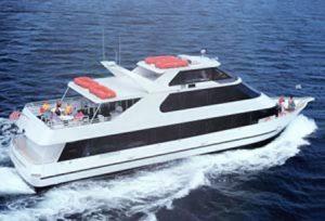 yacht_merlot_01